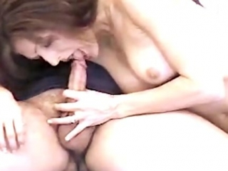 Una Buena Mamada por su Sonriente y Guapa Esposa
