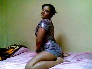Exnovia Gordibuena y Latina Haciendo Stripties Amateur